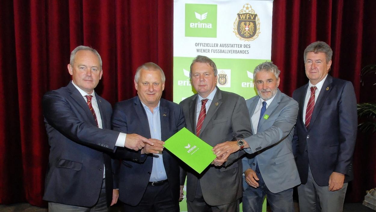 Erfolgs-Partnerschaft zwischen Wiener Fußballverband und ERIMA verlängert