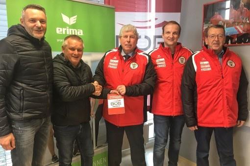 Österreichische Stocksportler setzen  in Sachen Ausstattung auf ERIMA