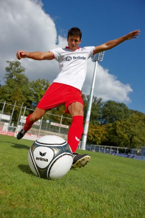 Innovativ und zuverlässig: ERIMA stellt eine völlig neue Fußball-Kollektion vor